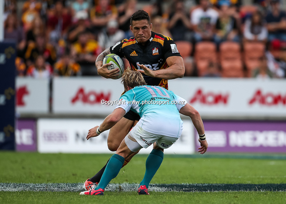 Chief's Sonny Bill Williams lines up Cheetah's Joe Pietersen during the Super 15 Rugby match - Chiefs v Cheetahs, at Waikato Stadium, Hamilton, New Zealand on Saturday 28 March 2015.  Photo:  Bruce Lim / www.photosport.co.nz