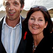 NLD/Amsterdam/20100605 - Amsterdamdiner 2010, Jan Douwe Kroeske en partner Hilde Bruggink