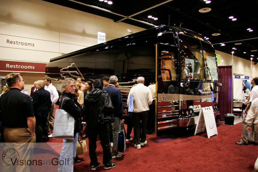 Marathon touring Coach at The PGA Merchandise show January 2005, Orlando, Florida, USA  Photo Mark Newcombe