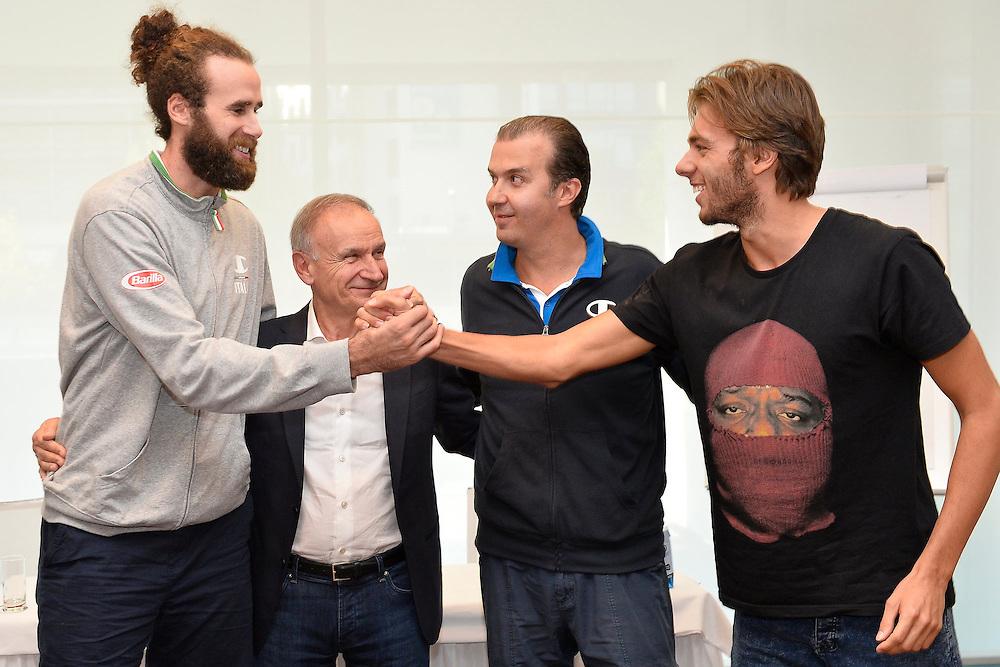 DESCRIZIONE: Berlino EuroBasket 2015 - Allenamento<br /> GIOCATORE:Luigi Datome Gianni Petrucci Simone Pianigiani Giorgio Paltrinieri<br /> CATEGORIA: Conferenza Stampa<br /> SQUADRA: Italia Italy<br /> EVENTO:  EuroBasket 2015 <br /> GARA: Berlino EuroBasket 2015 - Allenamento<br /> DATA: 04-09-2015<br /> SPORT: Pallacanestro<br /> AUTORE: Agenzia Ciamillo-Castoria/M.Longo<br /> GALLERIA: FIP Nazionali 2015<br /> FOTONOTIZIA: Berlino EuroBasket 2015 - Allenamento