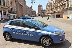 20170531 AUTO DELLA POLIZIA IN PIAZZA TRENTO TRIESTE