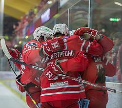24.01.2020, Stadthalle, Klagenfurt, AUT, EBEL, EC KAC vs Vienna Capitals, 43. Runde, im Bild Clemens UNTERWEGER (EC KAC, #92), Manuel Ganahl (EC KAC, #17), Thomas HUNDERTPFUND (EC KAC, #27) // during the Erste Bank Eishockey League 43th round match between EC KAC and Vienna Capitals at the Stadthalle in Klagenfurt, Austria on 2020/01/24. EXPA Pictures © 2020, PhotoCredit: EXPA/ Gert Steinthaler