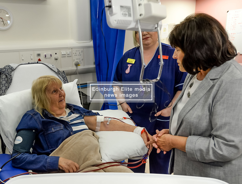 Pictured: Ms Freeman meets dialysis patient Ann Brown from Renfrew who is waiting for a transplant.<br /> <br /> Health Secretary Jeane Freeman visited patients waiting for transplants and successful transplant patients to highlight the uptake in organ donation registrations.<br /> <br /> © Dave Johnston / EEm