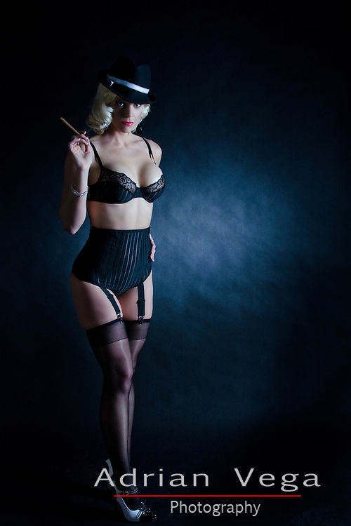 Gangster Pin up