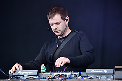 © Licensed to London News Pictures.  02/09/2017; Bristol, UK. MIKE SKINNER performs at The Downs Festival 2017 on The Downs in Bristol. Picture credit : Simon Chapman/LNP