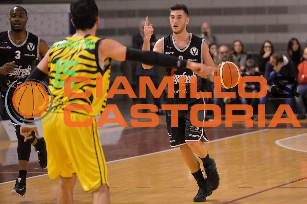 Marco Spissu<br /> Ambalt Recanati - Virtus Segafredo Bologna<br /> Campionato Basket A2 LNP 2016/2017<br /> Ancona, 03/12/2016<br /> Foto Ciamillo-Castoria