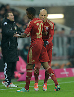 FUSSBALL   1. BUNDESLIGA  SAISON 2012/2013   9. Spieltag FC Bayern Muenchen - Bayer 04 Leverkusen    28.10.2012 Einwechslung von Arjen Robben fuer Luiz Gustavo (FC Bayern Muenchen)
