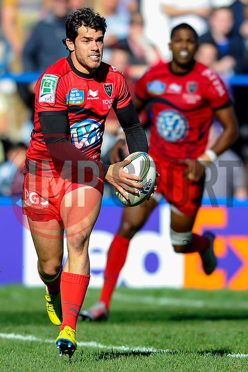 Toulon Winger (#14) Vincent Martin runs the ball behind the tryline during the first half of the match - Photo mandatory by-line: Rogan Thomson/JMP - Tel: Mobile: 07966 386802 21/10/2012 - SPORT - RUGBY - Cardiff Arms Park - Cardiff. Cardiff Blues v Toulon (RC Toulonnais) - Heineken Cup Round 2