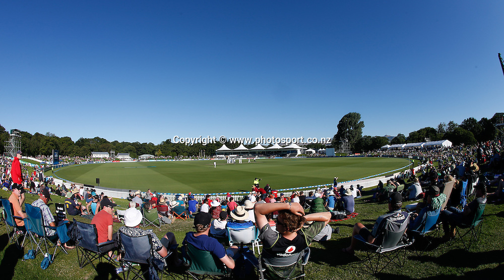 Hagley Park Oval. First day, ANZ Boxing Day Cricket Test, New Zealand Black Caps v Sri Lanka, 26 December 2014, Hagley Oval, Christchurch, New Zealand. Photo: John Cowpland / photosport.co.nz