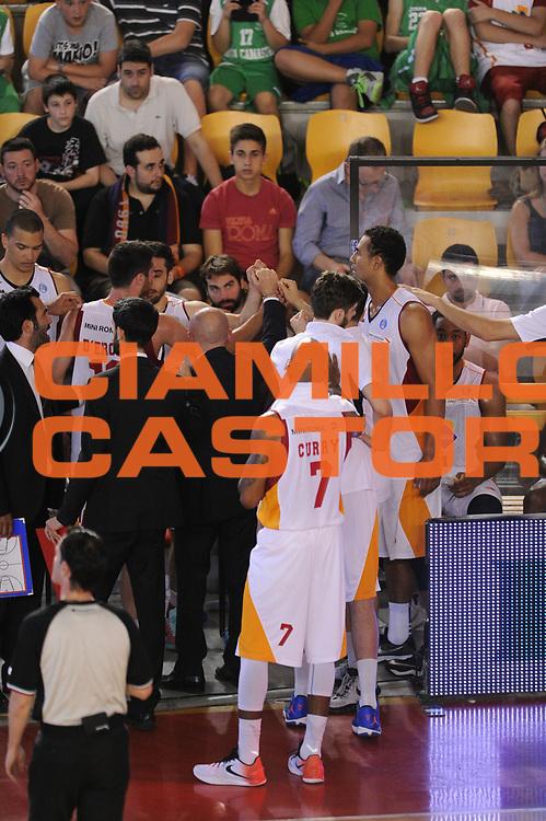 DESCRIZIONE : Roma Lega A 2014-15 <br /> Acea Virtus Roma - Acqua Vitasnella Cantu<br /> GIOCATORE : <br /> CATEGORIA : time out mani <br /> SQUADRA : Acea Virtus Roma<br /> EVENTO : Campionato Lega A 2014-2015 <br /> GARA : Acea Virtus Roma - Acqua Vitasnella Cantu<br /> DATA : 10/05/2015<br /> SPORT : Pallacanestro <br /> AUTORE : Agenzia Ciamillo-Castoria/N. Dalla Mura<br /> Galleria : Lega Basket A 2014-2015  <br /> Fotonotizia : Roma Lega A 2014-15 Acea Virtus Roma - Acqua Vitasnella Cantu