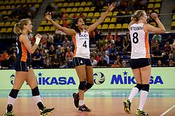 01-06-2014 NED:  Vriendschappelijk Nedeland - Belgie, Eindhoven<br /> Nederland wint met 3-2 van Belgie / Celeste Plak
