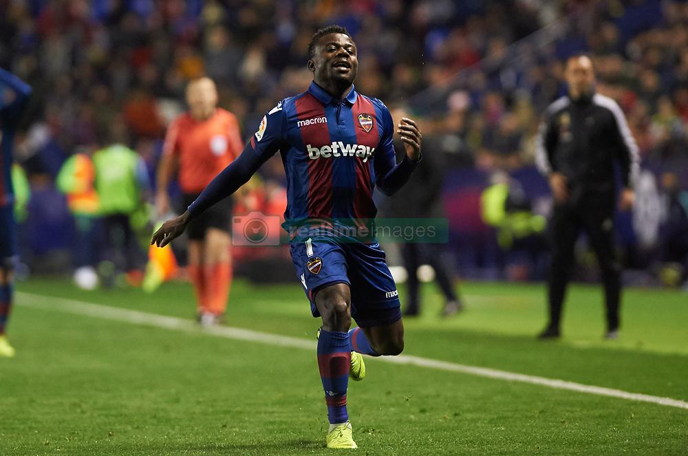 صور مباراة : ليفانتي - برشلونة 2-1 ( 10-01-2019 ) 20190110-zaa-n230-422