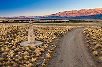 """ESTANCIA LELEQUE, MONUMENTO LLAMADO """"EL MONOLITO"""", PROVINCIA DEL CHUBUT, ARGENTINA (PHOTO © MARCO GUOLI - ALL RIGHTS RESERVED)"""