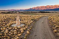 "ESTANCIA LELEQUE, MONUMENTO LLAMADO ""EL MONOLITO"", PROVINCIA DEL CHUBUT, ARGENTINA (PHOTO © MARCO GUOLI - ALL RIGHTS RESERVED)"