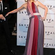 NLD/Amsterdam/20121028 - Inloop premiere nieuwe James Bond film Skyfall , pauline Huizinga