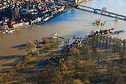 Nederland, Overijssel, Deventer, 20-01-2011. Zicht op Deventer met in de voorgrond het buitendijks aan de IJssel gelegen park De Worp..Het Worpplantsoen is onderdeel van de stadswijk De Hoven. Het in het park gelegen IJsselhotel (Rijksmonument) is door het hoogwater alleen nog per boot te bereiken..Wilhelminabrug boven in beeld..View on the (Hansa) city of Deventer, in the bottom front the flooded park De Worp. The hotel (IJsselhotel) in the park can only be reached by boat, due to the high waters of the river IJssel..luchtfoto (toeslag), aerial photo (additional fee required).copyright foto/photo Siebe Swart