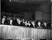 05/02/1960<br /> 02/05/1060<br /> 05 February 1960 <br /> Premiere of Mise Eire at the Regal Cinema, Dublin. A view of some of the dignitaries who attended the screening.