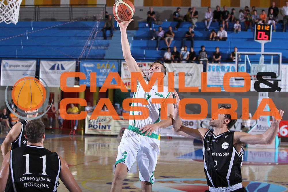 DESCRIZIONE : Caorle Lega A 2011-2012 Torneo Citta di Caorle Precampionato Benetton Treviso Canadian Solar Bologna<br /> GIOCATORE : Sani Becirovic<br /> CATEGORIA : tiro penetrazione<br /> SQUADRA : Benetton Treviso<br /> EVENTO : Campionato Lega A 2011-2012<br /> GARA : Benetton Treviso Canadian Solar Bologna<br /> DATA : 18/09/2011<br /> SPORT : Pallacanestro<br /> AUTORE : Agenzia Ciamillo-Castoria/G.Contessa<br /> GALLERIA : Lega Basket A 2011-2012<br /> FOTONOTIZIA : Caorle Lega A 2011-2012 Torneo Citta di Caorle Precampionato Benetton Treviso Canadian Solar Bologna<br /> PREDEFINITA :