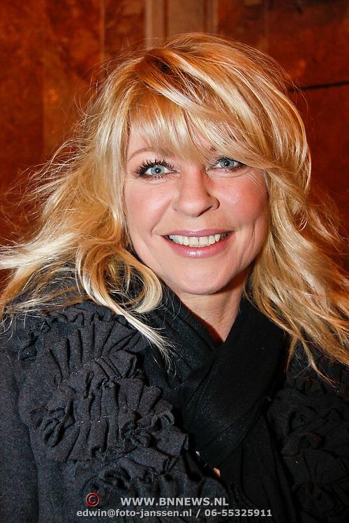 NLD/Amsterdam/20101206 - Concert Los Angeles the Voices, Manuela Kemp