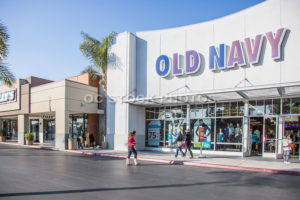 Old Navy and Tilly's at 5 Points Plaza in Huntington Beach