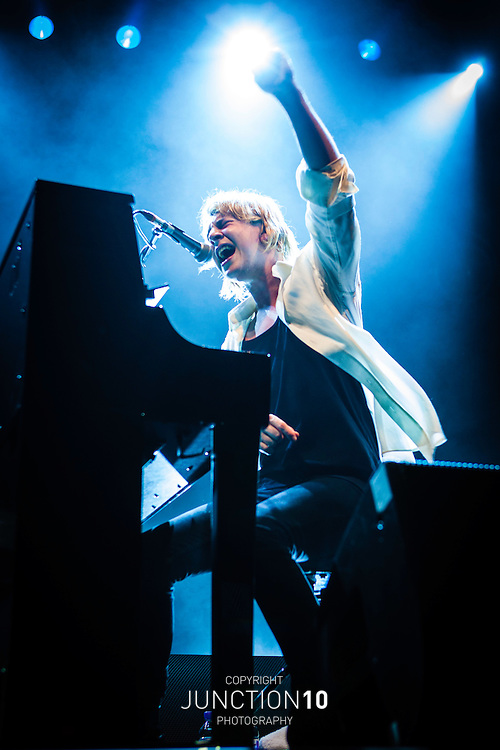 Tom Odell in concert at the Civic Hall, Wolverhampton, United Kingdom<br /> Picture Date: 9 February, 2014