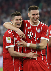 14.04.2018, Allianz Arena, Muenchen, GER, 1. FBL, FC Bayern Muenchen vs Borussia Moenchengladbach, 30. Runde, im Bild Robert Lewandowski und Niklas S&uuml;le // during the German Bundesliga 30th round match between FC Bayern Munich and Borussia Moenchengladbach at the Allianz Arena in Muenchen, Germany on 2018/04/14. EXPA Pictures &copy; 2018, PhotoCredit: EXPA/ Sammy Minkoff<br /> <br /> *****ATTENTION - OUT of GER*****