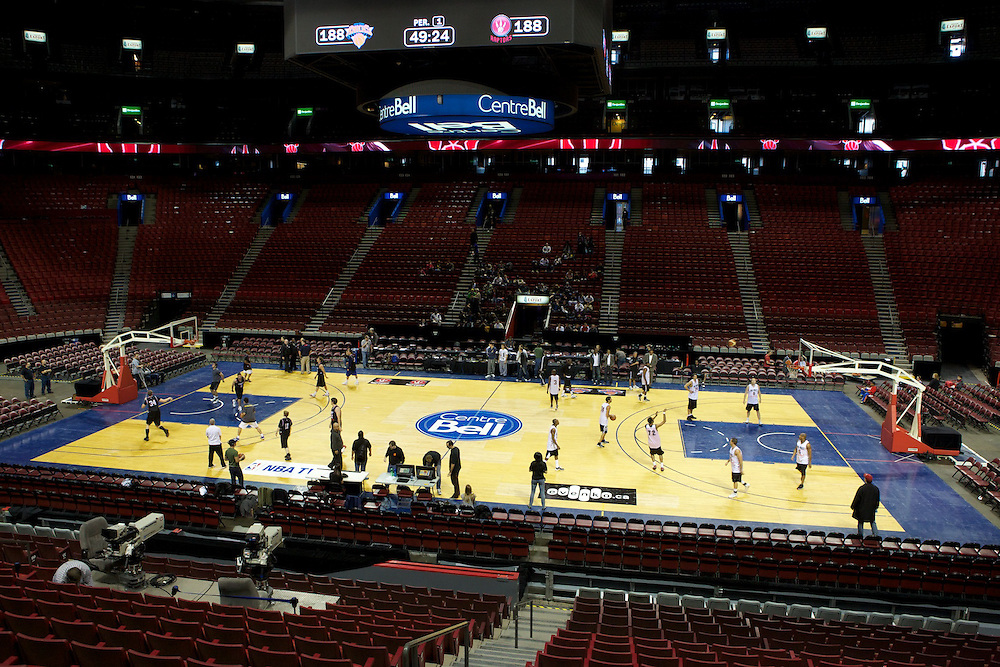 AK Rec Basketball and Basketball World Toronto organized a match up between Montreal and Toronto All Stars at the Bell Centre in Montreal on October 22nd, 2010. The match was part of the pre-game festivities before a special regular season NBA game between the Toronto Raptors and New York Knicks.