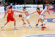 DESCRIZIONE : Schio Nazionale Italia Femminile Qualificazione Europeo Femminile 2017 Italia Montenegro Italy Montenegro<br /> GIOCATORE :Giulia Gatti Alessandra Formica<br /> CATEGORIA :Controcampo Palleggio Blocco<br /> SQUADRA : Italia Italy<br /> EVENTO : Qualificazione Europeo Femminile 2017<br /> GARA : Italia Montenegro Italy Montenegro<br /> DATA : 20/02/2016<br /> SPORT : Pallacanestro<br /> AUTORE : Agenzia Ciamillo-Castoria/<br /> Galleria : FIP Nazionali 2016<br /> Fotonotizia : Schio Nazionale Italia Femminile Qualificazione Europeo Femminile 2017 Italia Montenegro Italy Montenegro