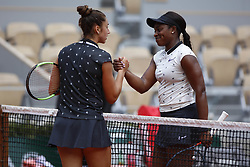 May 29, 2019 - Paris, France - Sloane Stephens of The United States shakes hands at the net with Sara Sorribes Tormo of Spain after their ladies singles second round match during Day four of the 2019 French Open at Roland Garros on May 29, 2019 in Paris, France. (Credit Image: © Mehdi Taamallah/NurPhoto via ZUMA Press)