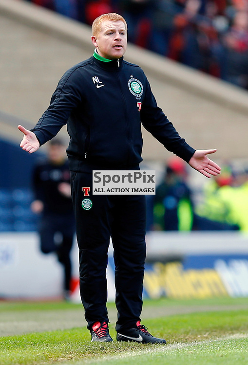 Dundee United v Celtic Scottish Cup Semi Final..Neil Lennon has words with Celtic players.....(c) STEPHEN LAWSON | StockPix.eu