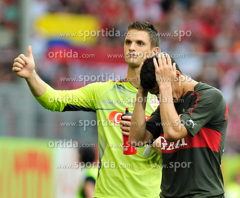 22.08.2010, Bruchwegstadion, Mainz, GER, 1. FBL, FSV Mainz 05 vs VfB Stuttgart, im Bild nach dem Spiel: Sven Ulreich (Stuttgart #1) und Khalid Boulahrouz (Stuttgart #21), EXPA Pictures © 2010, PhotoCredit: EXPA/ nph/  Roth+++++ ATTENTION - OUT OF GER +++++ / SPORTIDA PHOTO AGENCY