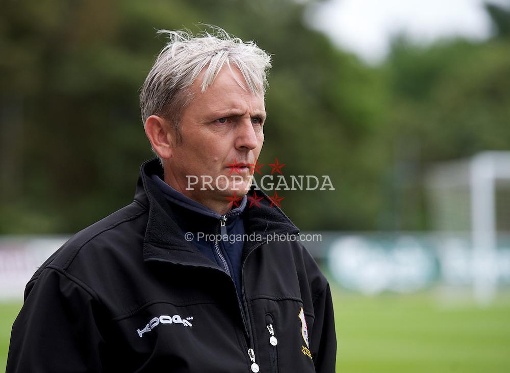 LLANELLI, WALES - Saturday, September 15, 2012: Newtown's manager Bernard McNally during the Welsh Premier League match at Stebonheath Park. (Pic by David Rawcliffe/Propaganda)