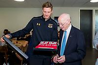 Henk van der Sluis 90 jaar, AZ speler Wout Weghorst