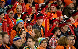 11-12-2016 NED: ISU World Cup Speed Skating, Heerenveen<br /> Support, Oranje publiek