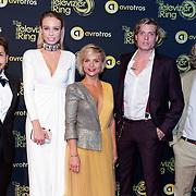 NLD/Amsterdam/20181011 - Televizier Gala 2018, Expeditie Robinson 2018 deelnemers, Jody Bernal, Loiza Lamers, Stijn Fransen en Tony Junior en senior