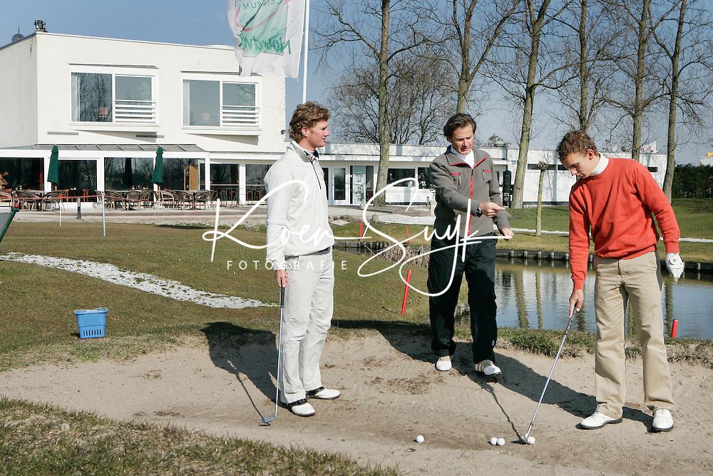 Voorhout - Golftraining van Chris van de Velde met Joost Luiten en Wil Besseling. Golfcentrum Noordwijk.