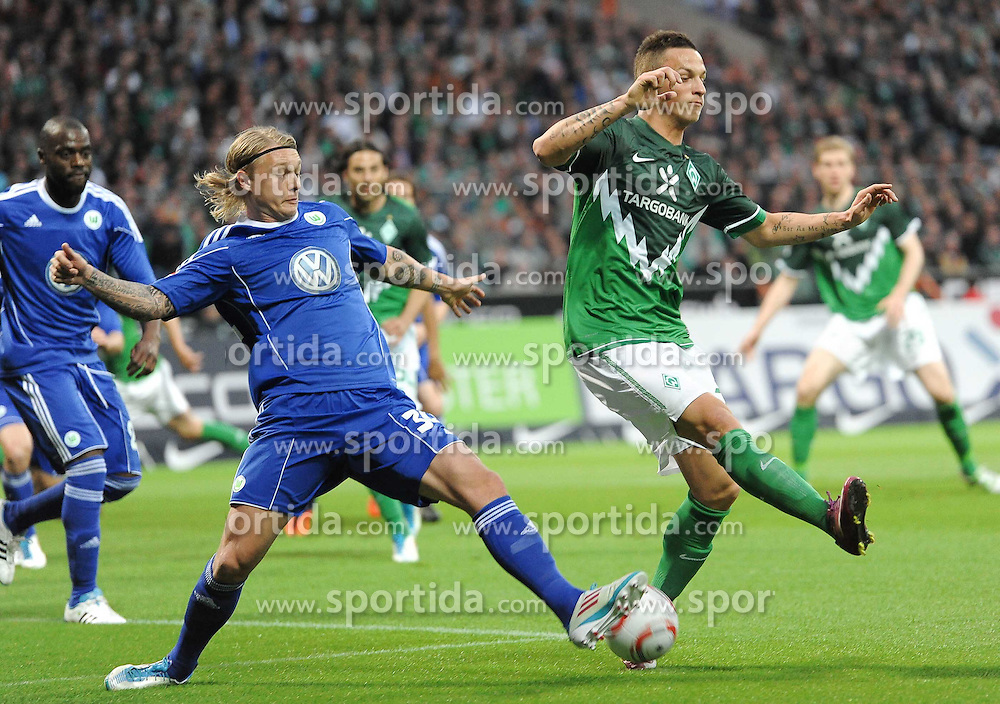 29.04.2011, Weserstadion, Bremen, GER, 1.FBL, Werder Bremen vs VfL Wolfsburg, im Bild Simon Kjaer (Wolfsburg #34), Marko Arnautovic (Bremen #7)   EXPA Pictures © 2011, PhotoCredit: EXPA/ nph/  Frisch       ****** out of GER / SWE / CRO  / BEL ******