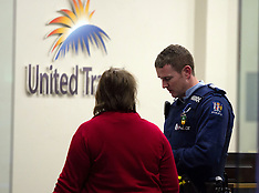 Tauranga-Man attempts holdup of United Travel