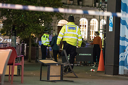 © Licensed to London News Pictures. 24/11/2017. London, UK. A cordon on London's Carnaby Street as police deal with an incident at Oxford Circus. Photo credit: Rob Pinney/LNP