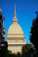 Italie, Piemont, Turin, le Mole Antonelliana, qui abrite le Musee National du Cinéma // Italy, Piedmont, Turin, the Mole Antonelliana, museum of cinema