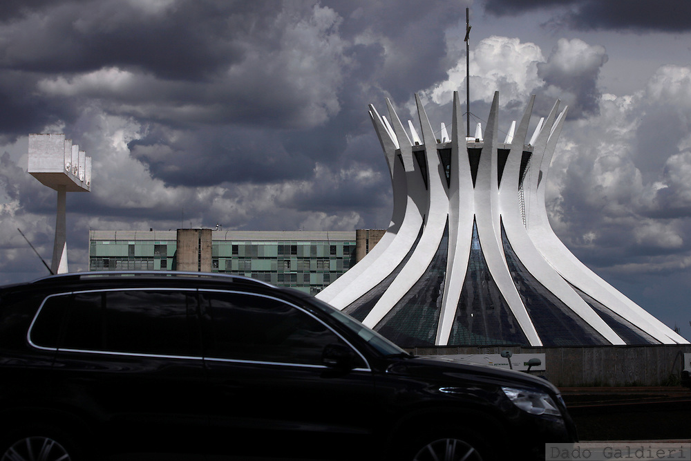 An SUV drives past Brasilia's cathedral in Brazil, Wednesday, Feb 8, 2012.(Photo Dado Galdieri)