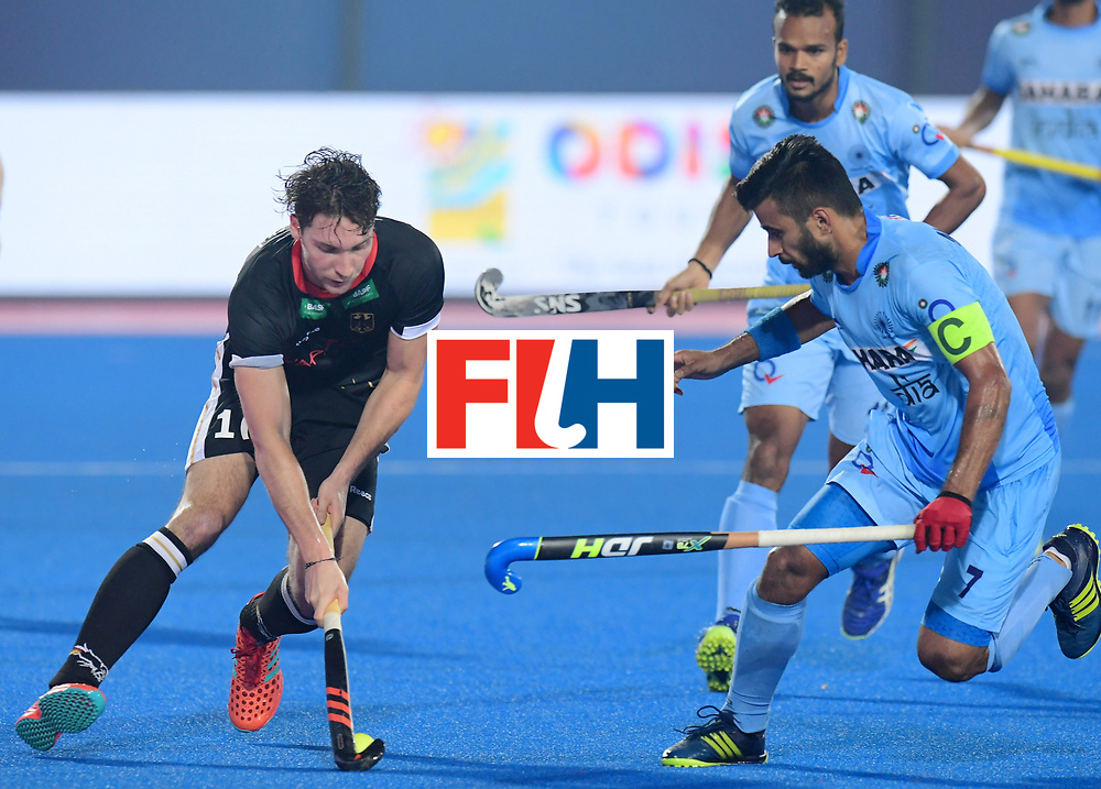 Odisha Men's Hockey World League Final Bhubaneswar 2017<br /> Match id:10<br /> India v Germany<br /> Foto: Dieter Linnekogel (Ger) and Manpreet Singh (Ind) <br /> WORLDSPORTPICS COPYRIGHT FRANK UIJLENBROEK