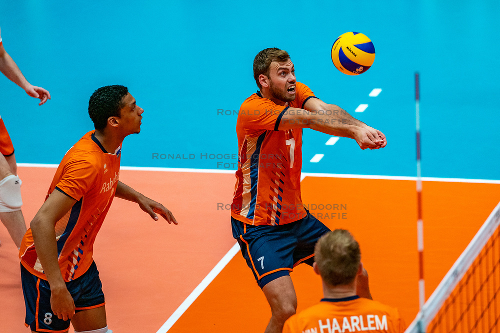 12-06-2019 NED: Golden League Netherlands - Estonia, Hoogeveen<br /> Fifth match poule B - The Netherlands win 3-0 from Estonia in the series of the group stage in the Golden European League / Fabian Plak #8 of Netherlands, Gijs Jorna #7 of Netherlands