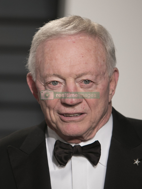 February 26, 2017 - Beverly Hills, California, U.S - Jerry Jones on the red carpet at the 2017 Vanity Fair Oscar Party held at the Wallis Annenberg Center in Beverly Hills, California, Sunday February 26, 2017. (Credit Image: © Prensa Internacional via ZUMA Wire)