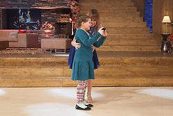 30.12.2016, Stadthalle, Graz, AUT, Silvesterstadl in Graz - Generalprobe, im Bild die Schweizer Moderatorin Francine Jordi mit einem kleinen Fan während der Generalprobe des 'Silvesterstadl' // during the dress rehearsel of the show 'Silvesterstadl' at the City Hall, Graz, Austria on 2016/12/30, EXPA Pictures © 2016, PhotoCredit: EXPA/ Erwin Scheriau