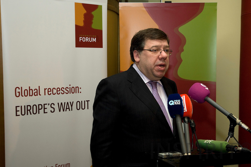 DUBLIN - IRELAND - 05 NOVEMBER 2009 -- Eurofound Forum - Global recession: Europe's way out. The Irish Primeminister, An Taoiseach, Brian Cowen, during a small press briefing at the Forum 2009.   PHOTO: ERIK LUNTANG / INSPIRIT Photo