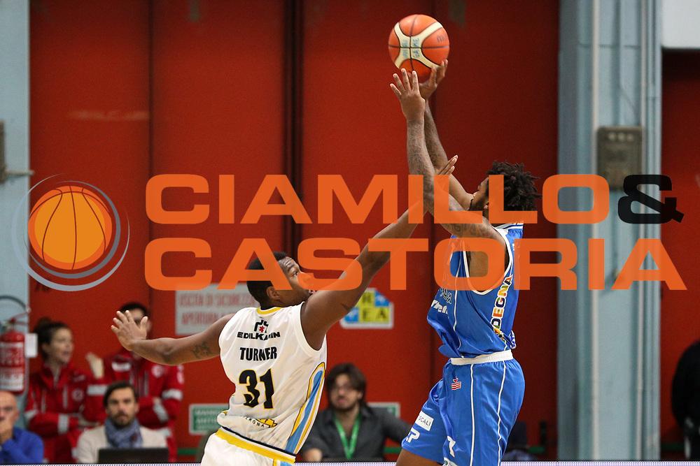 Lacey Trevor, Vanoli Cremona vs Banco di Sardegna Sassari, LBA Serie A 9^ giornata di ritorno stagione 2016/2017, PalaRadi Cremona 26/03/2017