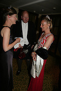 Viscountess Dupplin, Randle White and Serena Prest, The Royal Caledonian Ball 2007. Grosvenor House. 4 May 2007.  -DO NOT ARCHIVE-© Copyright Photograph by Dafydd Jones. 248 Clapham Rd. London SW9 0PZ. Tel 0207 820 0771. www.dafjones.com.