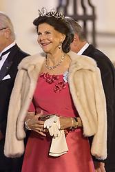Königin Silvia von Schweden bei der Ankunft zum Abendessen im Schloss Bellevue in Berlin / 051016<br /> <br /> ***State visit of the Swedish Royal Couple in Germany: Dinner at Bellevue Palace in Berlin, October 5, 2016***