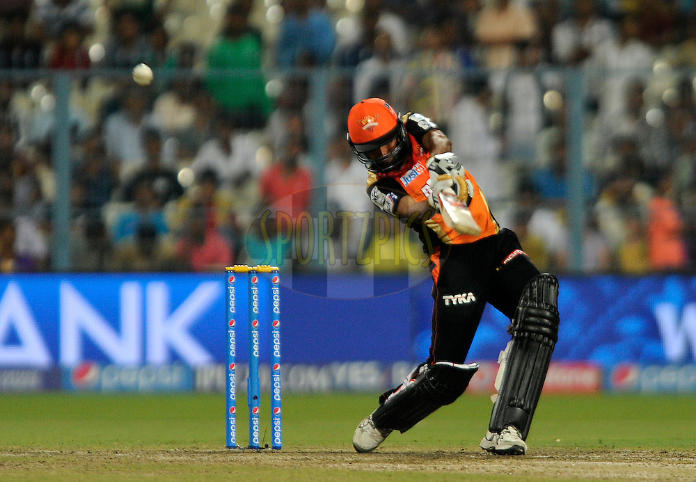 Bhuvneshwar Kumar of Sunrisers Hyderabad bats during match 38 of the Pepsi IPL 2015 (Indian Premier League) between The Kolkata Knight Riders and The Sunrisers Hyderabad held at Eden Gardens Stadium in Kolkata, India on the 4th May 2015.<br /> <br /> Photo by:  Pal Pillai / SPORTZPICS / IPL